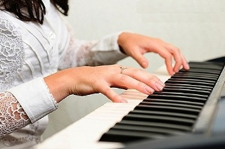 piyano parmak ve el egzersizleri